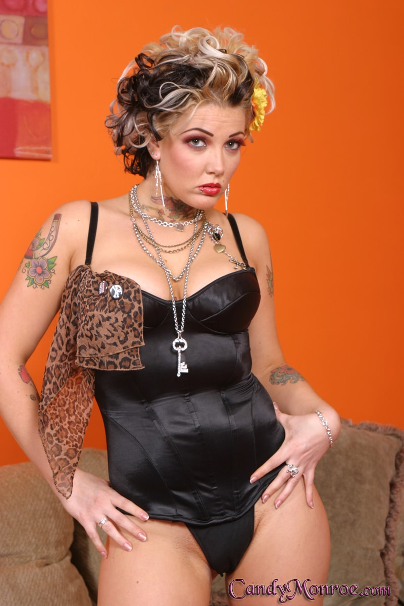 Candy Monroe - Ace and Frenchie Cumlicker - Candy Monroe | Picture (1)