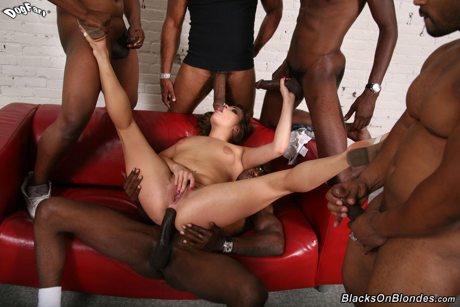 Секс негры групповуха фото би, Групповуха с неграми - порно фото 7 фотография