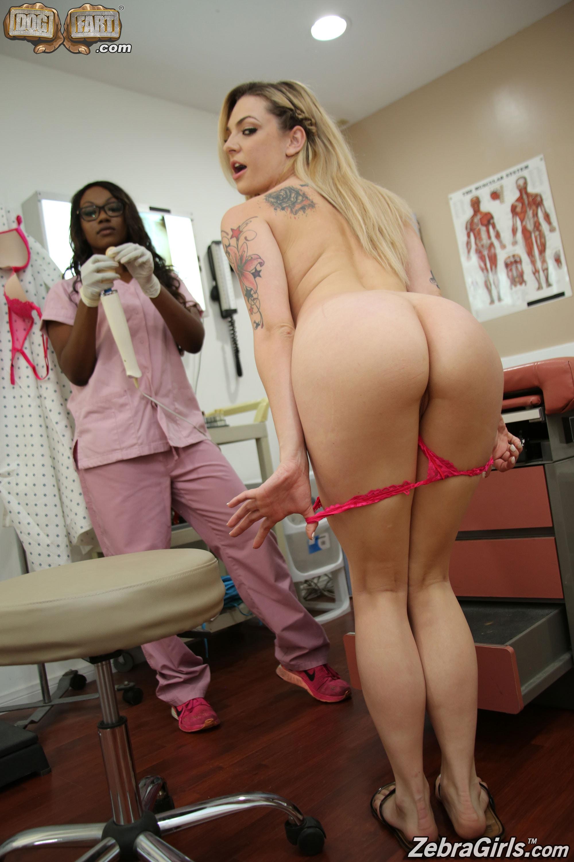 Amateur black nudes a poppin
