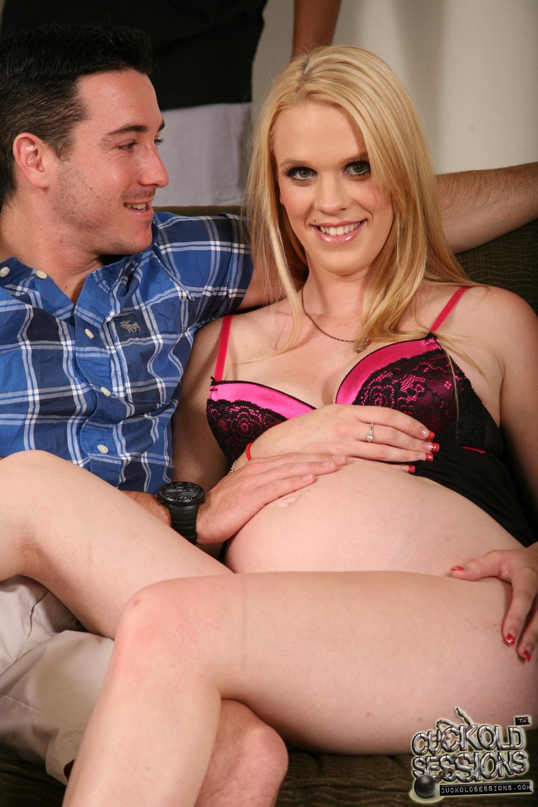 Секс сбеременной супругой 7 фотография