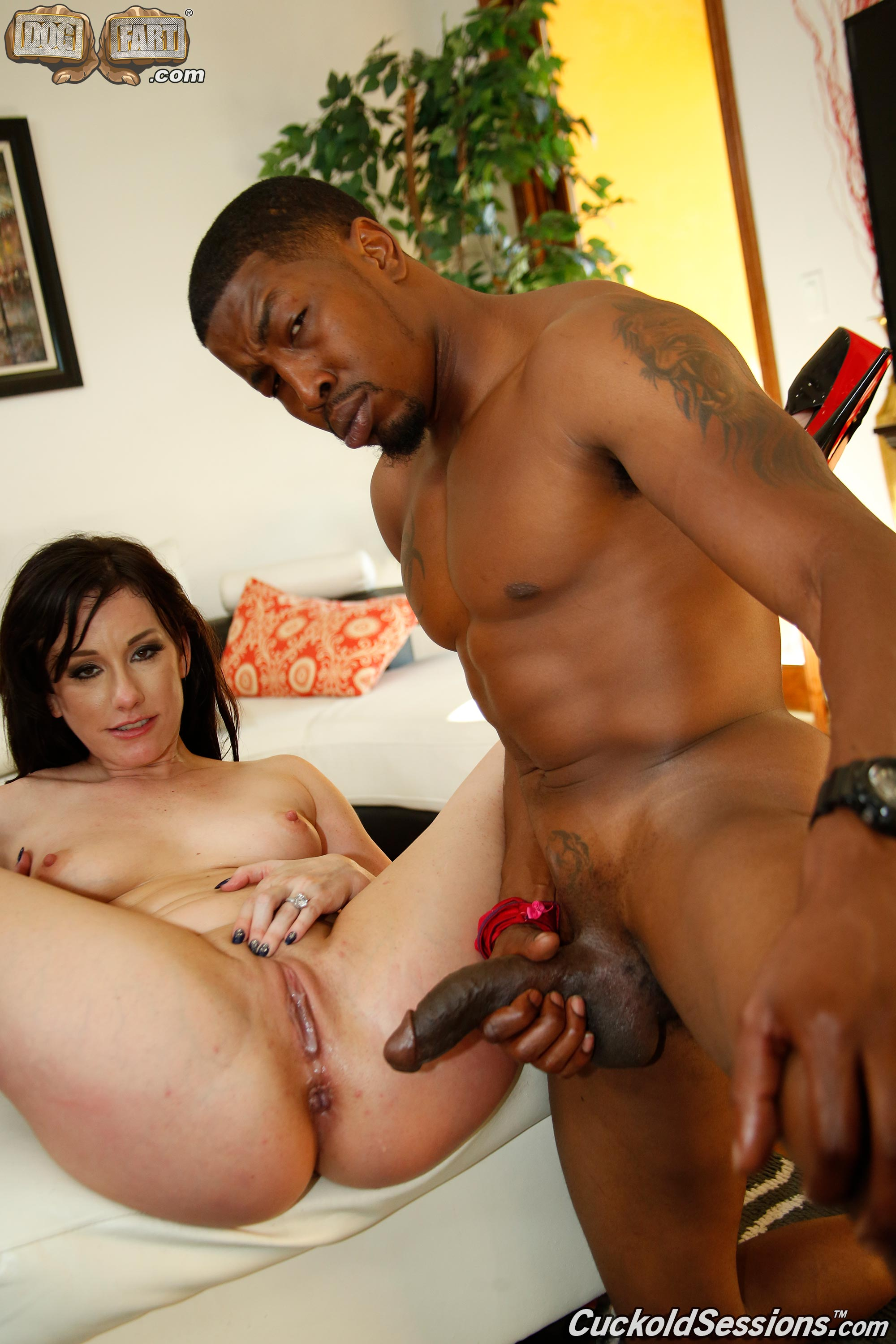 Hubby cleans wife after bbc crempie her 6