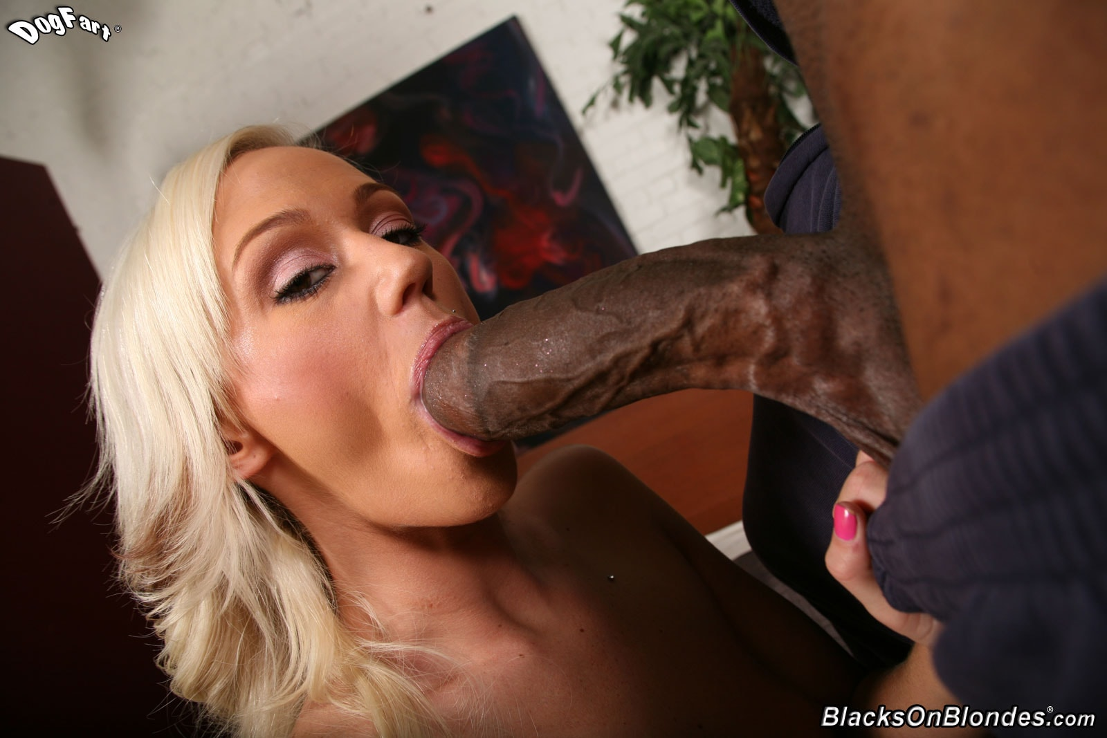 BIG ASS FUCKED BY HUGE BLACK DICK