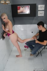 Riley Nixon - Riley Nixon - Glory Hole | Picture (19)