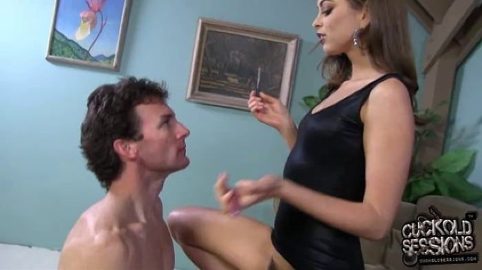 Riley Reid in Riley Reid - Cuckold Sessions