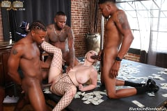 Skylar Vox - Skylar Vox - Blacks On Blondes | Picture (26)