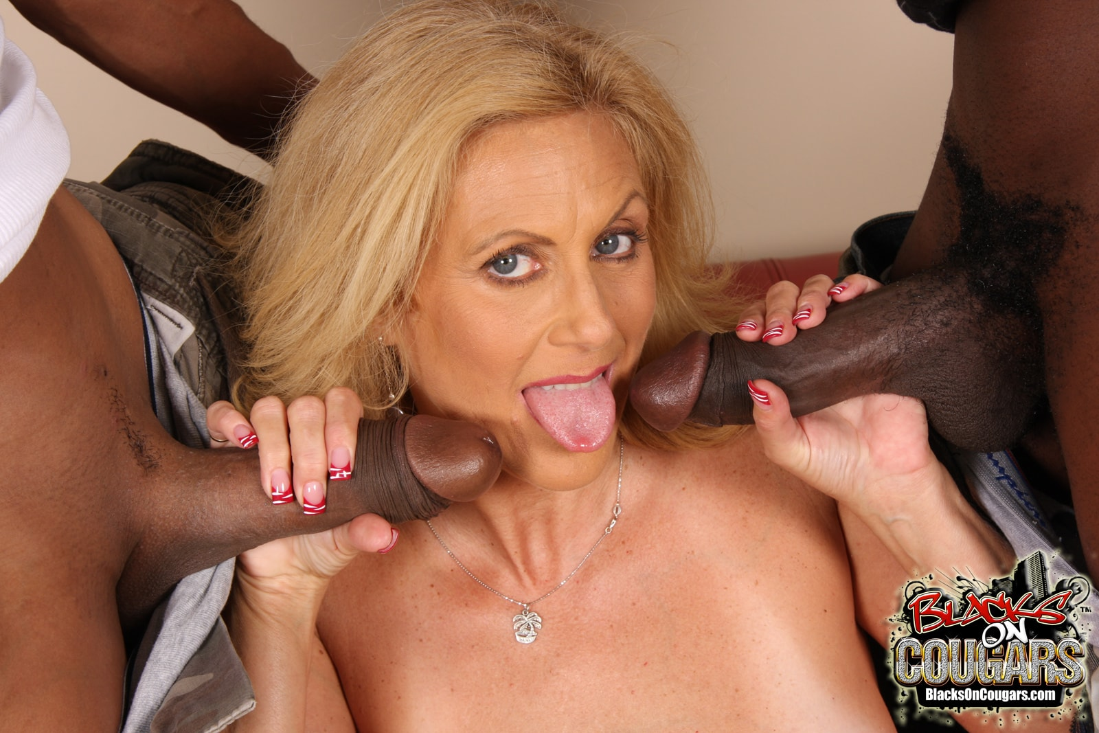 Hornny Milf Loves Big Black Cocks Porn Images