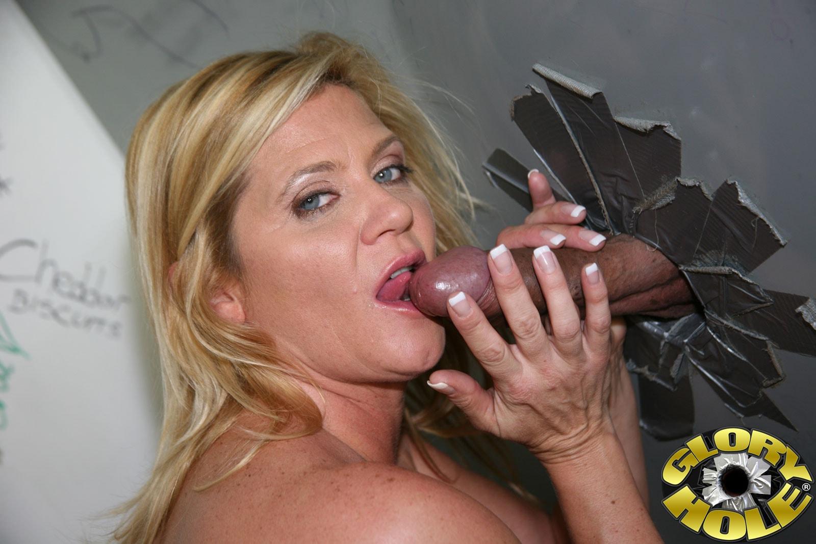 Ginger Lynn Gives An Incredible Blowjob