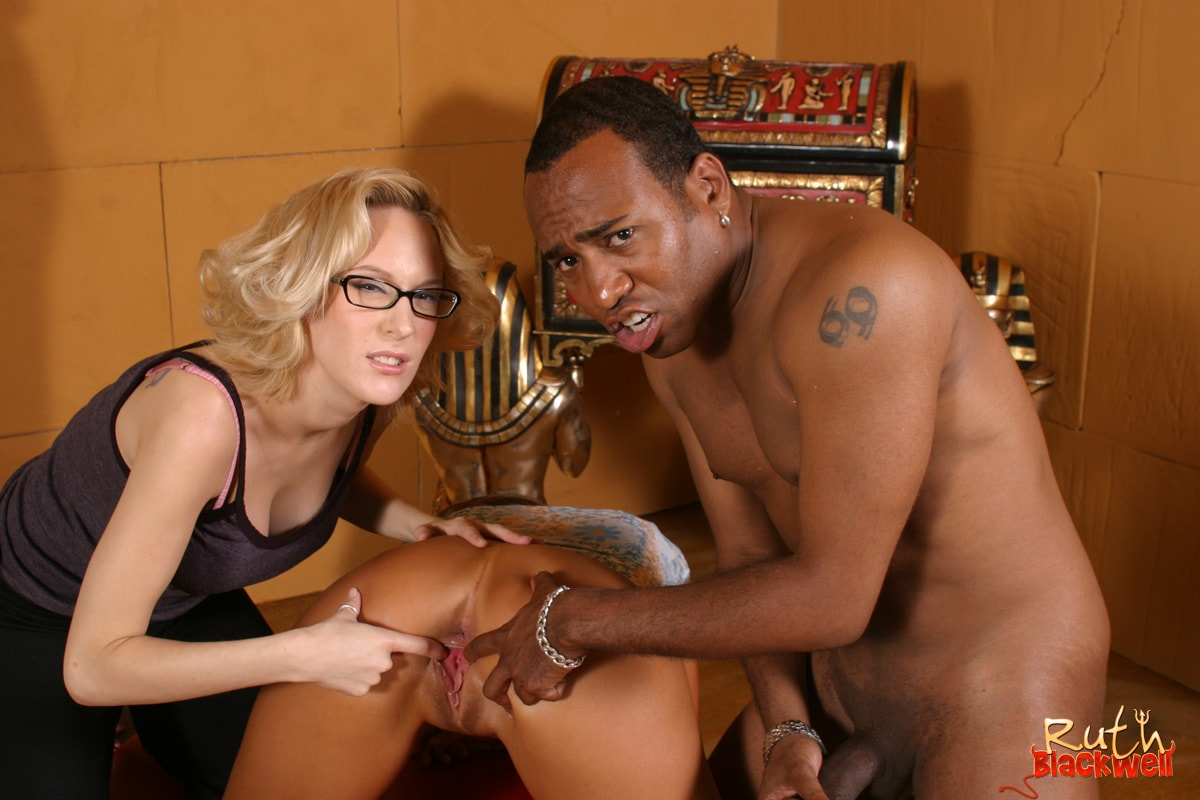 Mormon Chick Jayma Reed Go Wild In Her First Ever Porn Scene