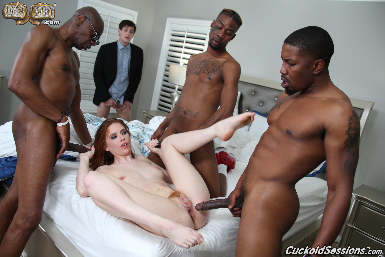 Жена трахается при муже с большим членом негра порно