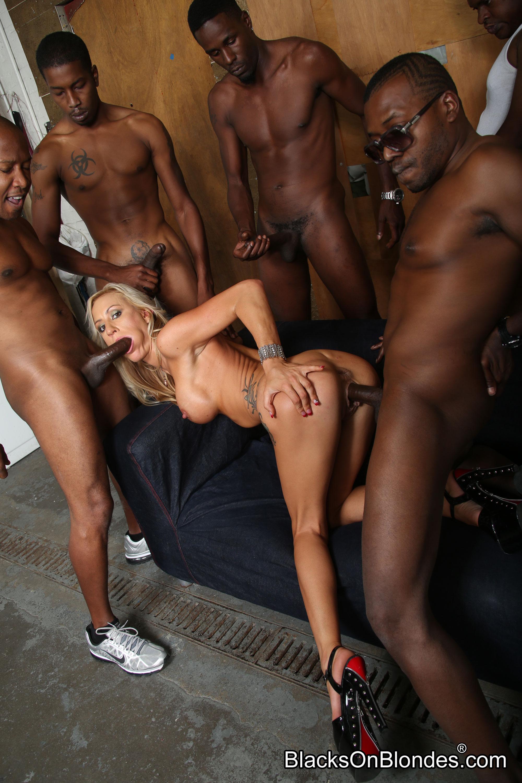 Black on black sex orgy, ebony nude photos